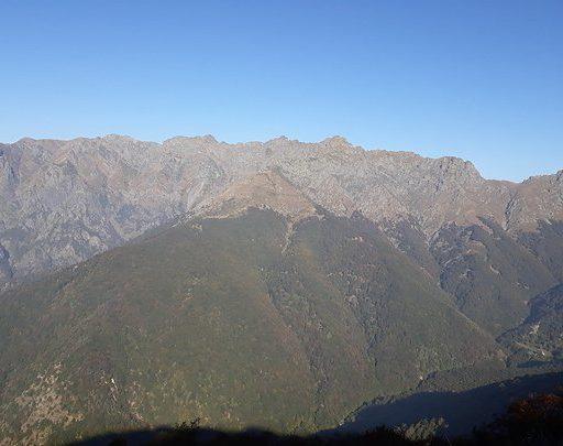 Da Destra: Passo Crocette, Torrione Marsice, Cortechiuso, Laurasca